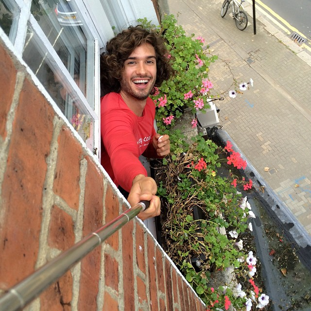 joe_wicks_selfie_02